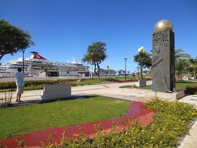 the cruise ship and the square