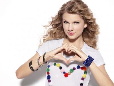 Taylor Swift beautiful woman