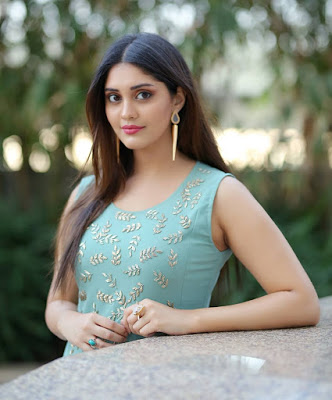 cutest Surabhi Images Pictures Wallpaper HD Photos