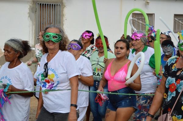 Prefeitura de Japi realiza festa de carnaval para idosos e crianças