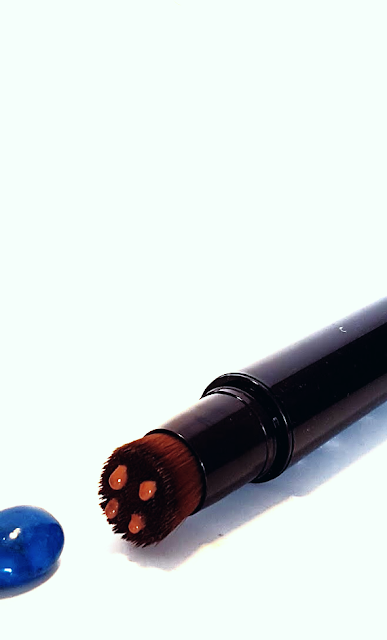 By Terry Light Expert Click Brush Golden Brown