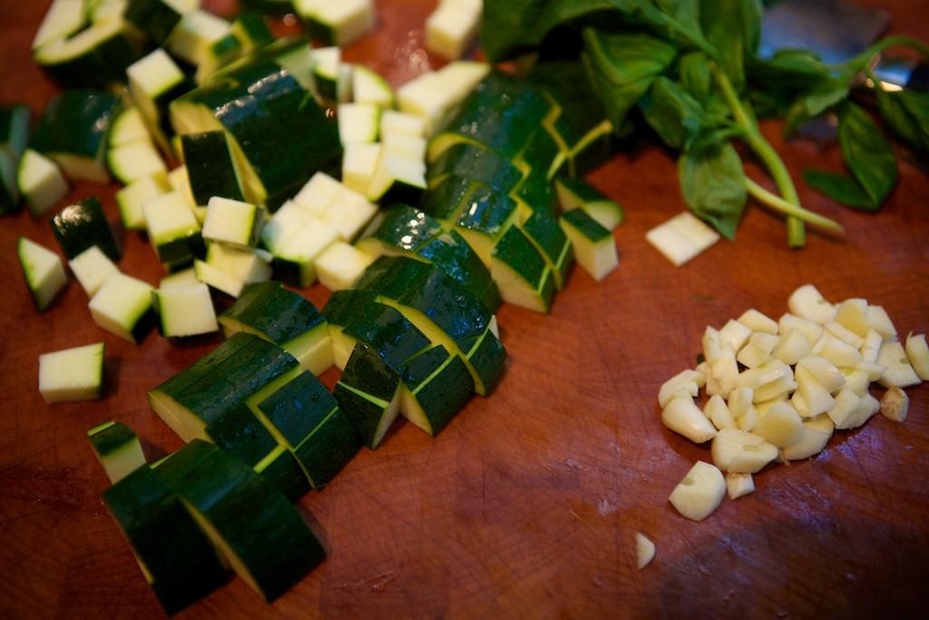 Kitchen experiments: Italian courgette soup