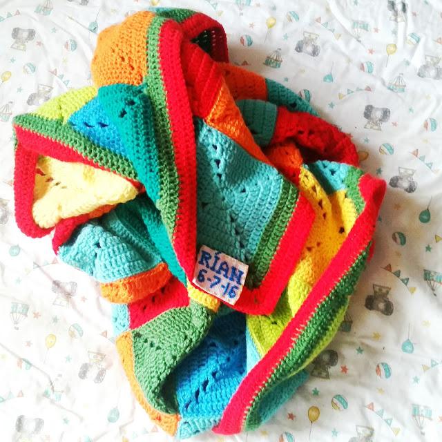 inked hibiscus designs crochet blanket
