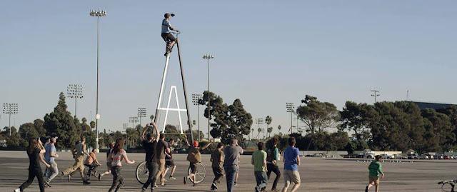 """Sepeda Tertinggi Di Dunia """"Stoopidtaller"""""""