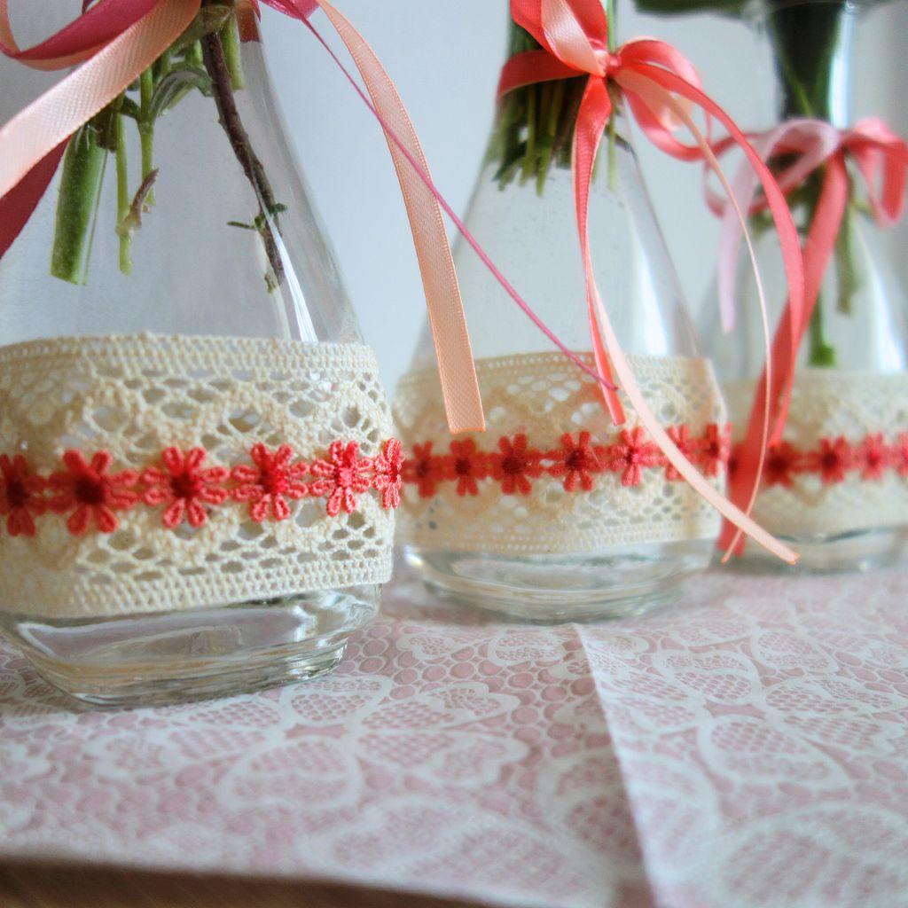 Blumendeko Mit Heisskleber Basteln Glasflasche Verscheonern. Ihr Braucht: