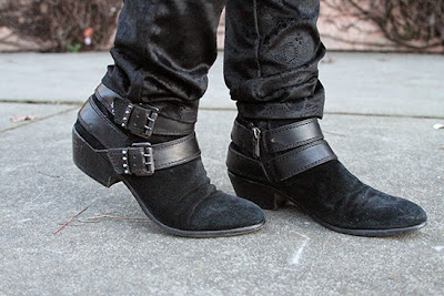 Sam Edelman Black Pippen Booties