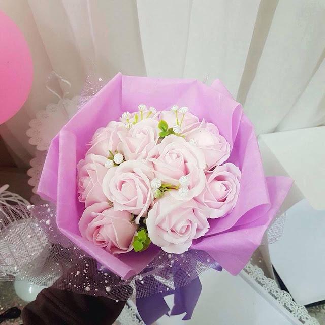 Hoa hong sap thom vinh cuu tai Hang Bac