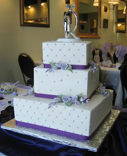 Beautiful Patterned Lavender Wedding Cakes