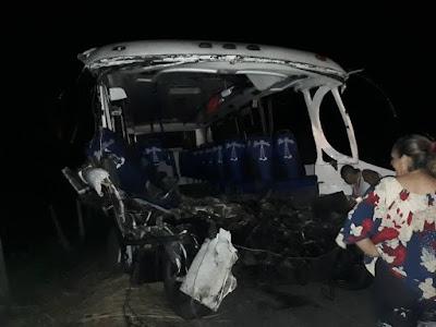 10 muertos y 9 heridos en accidente terrible en Mérida
