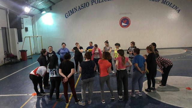 Los Gallos, el sexto equipo de la provincia que suma rugby femenino