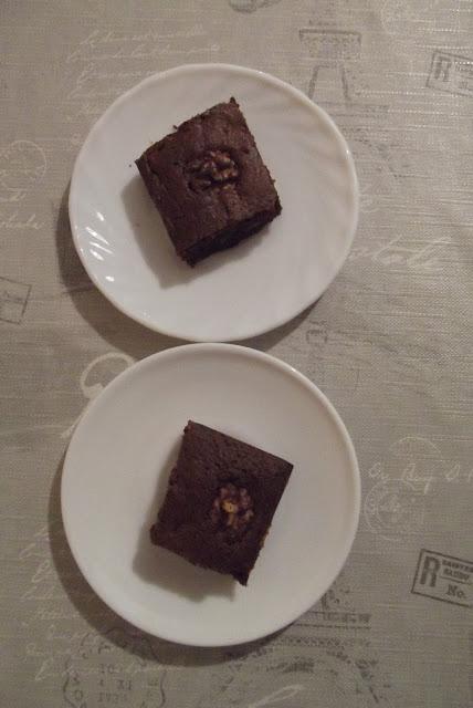 Kuchnia francuska #4 - Brownies aux noix de pécans - zdjęcia ciasta 3 - Francuski przy kawie