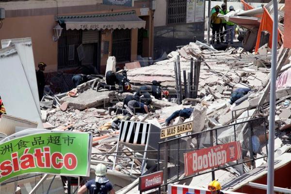 Se confirma muerte una segunda persona en Arona, edificio derrumbado