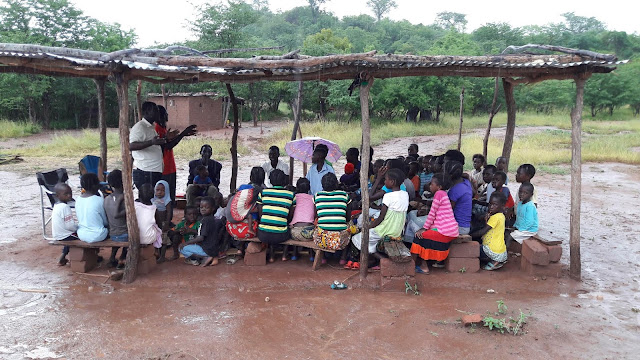Operation Christmas Child teaching classes in Zambia.