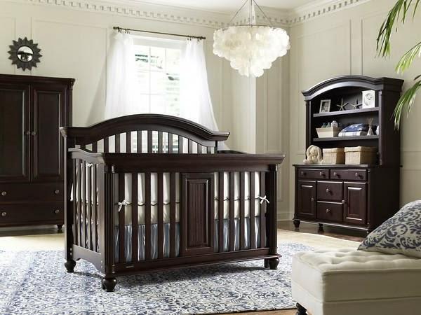 Dormitorio ni o peque o mueble oscuro casa dise o for Mueble gris oscuro