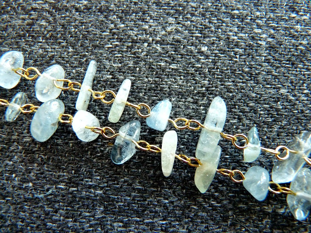 Make a Chain with Stone Chips