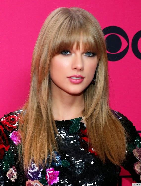 Rose-lips-Taylor-Swift
