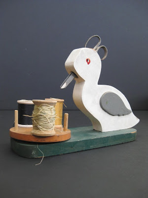 wooden duck sewing caddy for scissors and thread