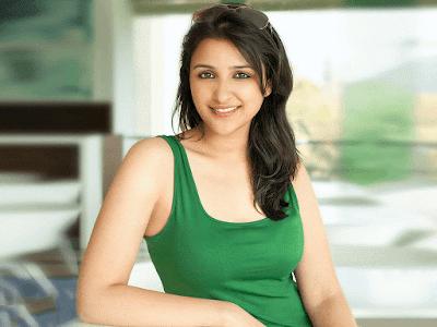 Parineeti Chopra Cute Smile HD Wallpaper