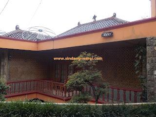 villa di sari ater subang jawa barat