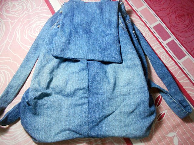 DIY Denim Backpack Decoration