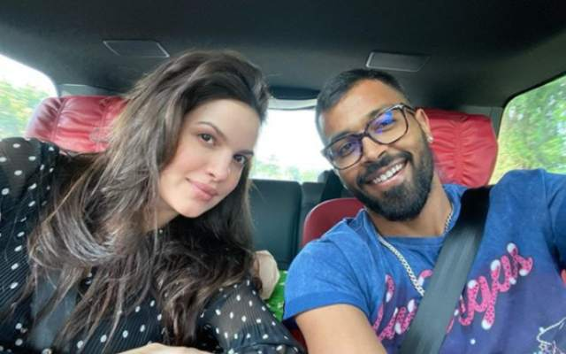 Hardik Pandya Posted A Beautiful Picture With His Wife Natasa Stankovic