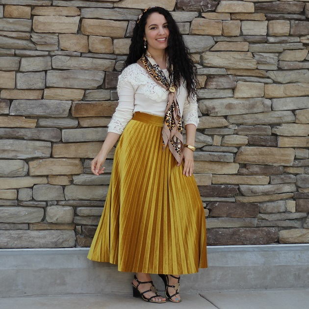 Shein Gold Velvet Pleated Skirt