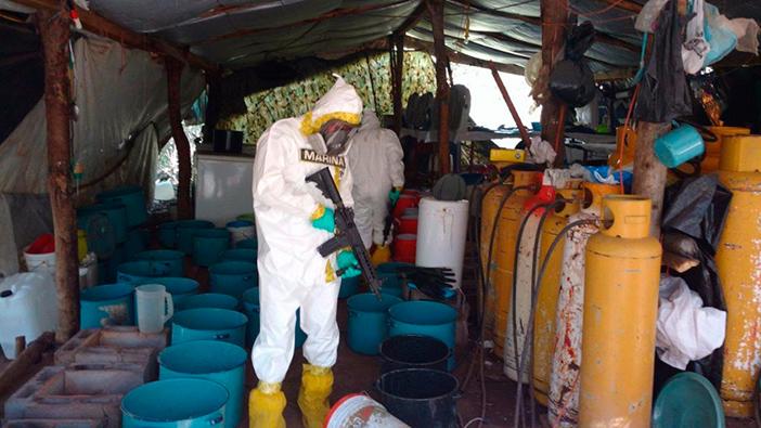 Marina asegura más de una tonelada de metanfetaminas en Sinaloa
