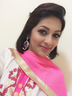 Monalisa Bangladeshi Model Selfie