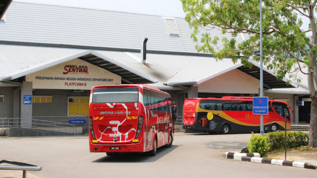 transnasional bus melaka