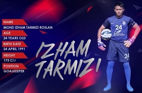 biodata Izham Tarmizi, profil biografi latar belakang Izham Tarmizi, gambar Izham Tarmizi penjaga gol jdt, mia ahmad kekasih Izham Tarmizi, facebook twitter instagram Izham Tarmizi