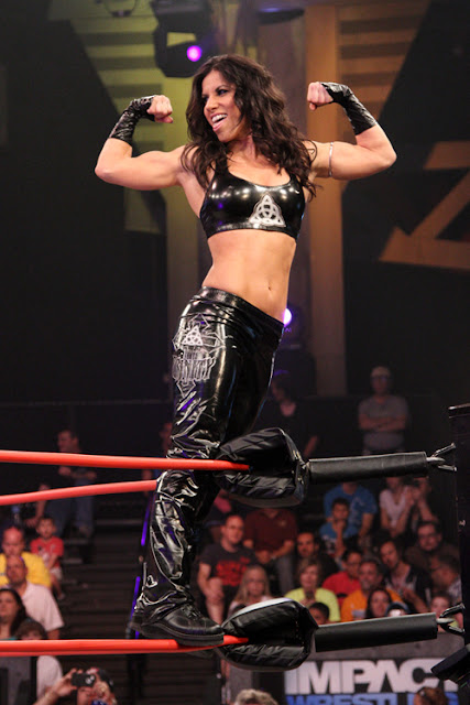ECW - Stephanie Finochio / Trinity