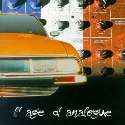 El CD doble recopilatorio L'Age d'Analogue (Hobby Deluxe, 2000), sobre la música electrónica francesa de los años 70 y principio de los 80, entre los que se incluye Zanov