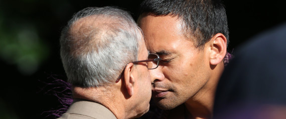 President Pranab Mukherjee rubbed his nose with Maori chief and his wife in Auckland, New Zealand, on Saturday while receiving a traditional welcome at the Governor General's mansion. A Kiwi official escorted the President to the chief of the warriors who stood along with his wife. Both of them rubbed their nose with Pranab Mukherjee before allowing him to inspect the guard of honour.