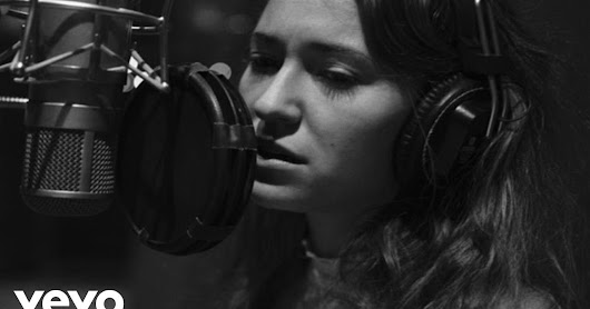 The Christmas Song by Lauren Daigle Released - Passion for Lord