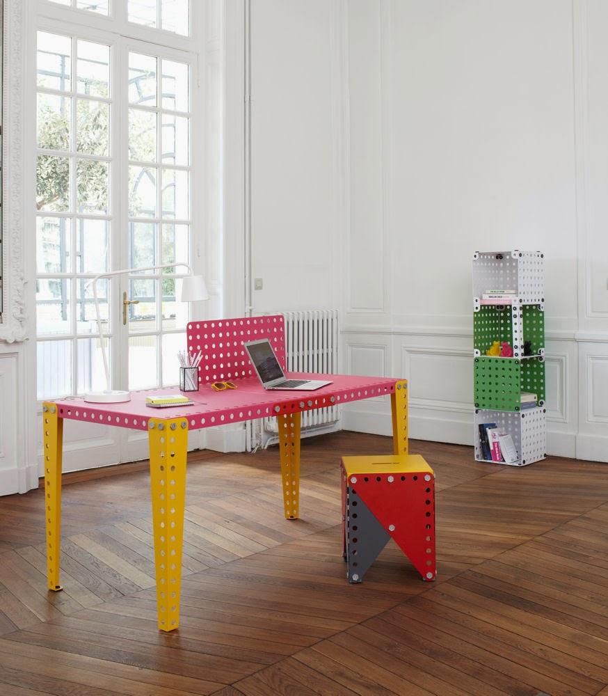 la chronique deco le blog monter un meuble comme un meccano. Black Bedroom Furniture Sets. Home Design Ideas