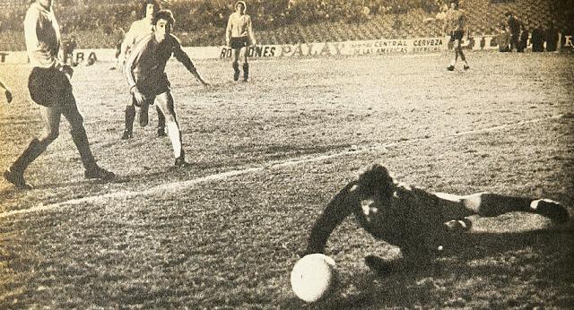 Uruguay y Chile en Copa Juan Pinto Durán 1975, partido de ida