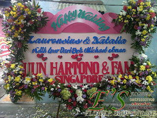 papan bunga happy wedding