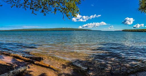 Beach at Frog Bay Tribal National Park