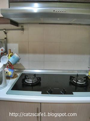 Le Nampak Ting Gas Tertoggok Kat Tengah Dapur Kan So Kita Sorok Gitu Sebenarnya Lebih Baik Tong Di Letak Dalam Keadaan Pengudaraan Yang