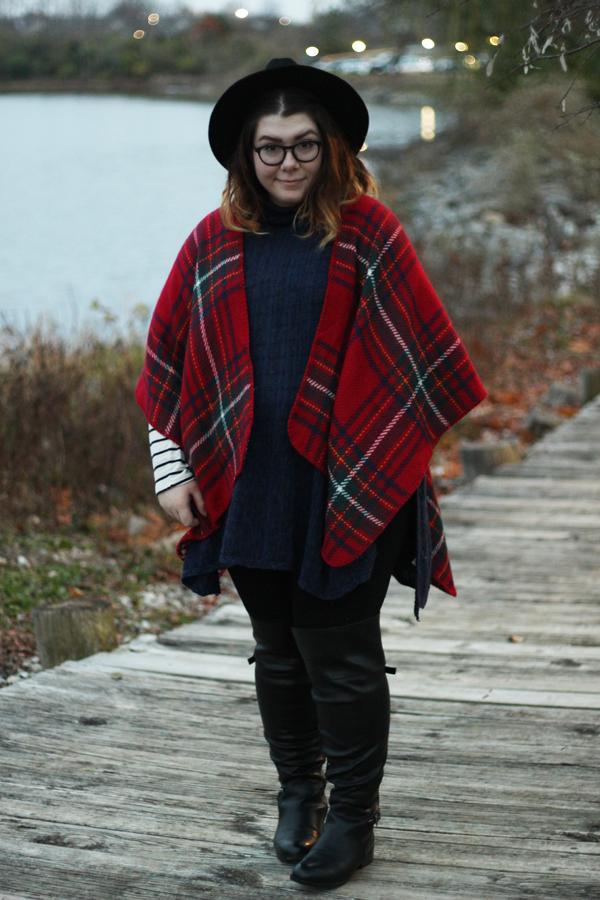 Plaid Modcloth Poncho Outfit Fashion | katielikeme.com