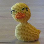 https://translate.google.es/translate?hl=es&sl=en&tl=es&u=http%3A%2F%2Fcrochetbot3000.com%2F2011%2F08%2Fyellow-duck%2F