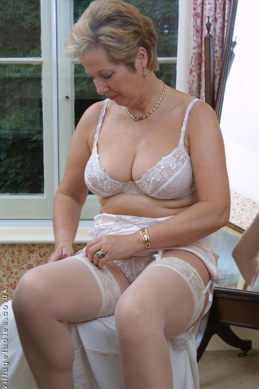 Mature english women tubes-6594