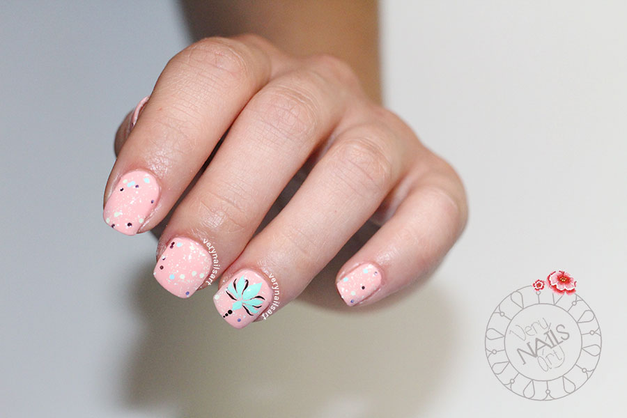 Diseño de uñas a mano alzada | Flor de loto | VeryNailsArt ...