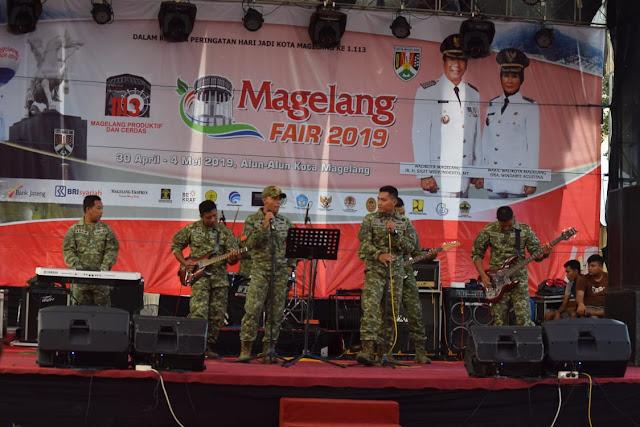 Guntur Geni Band Yonarmed 11 Kostrad Hibur Warga Magelang