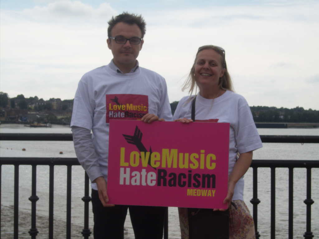 Former Morrissey fans to stage anti-racism party in Manchester