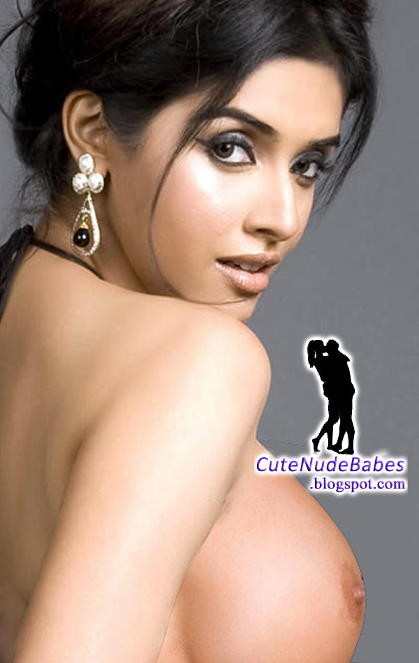 Celebrity Hollywood Asin Thottumkal Half Naked Showing -6998