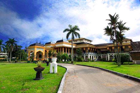Gambar Istana Maimun Di Sumatera Utara