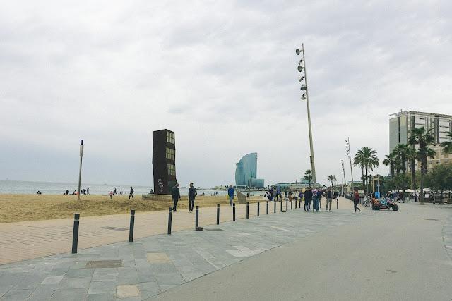 バルセロネータ(La Barceloneta)