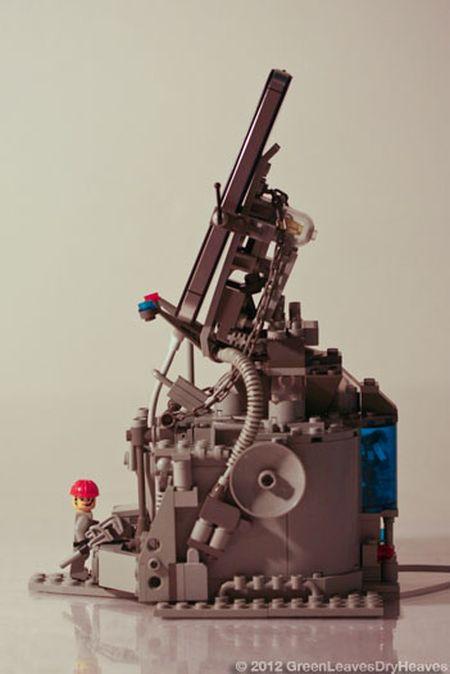 Lego iPhone Docking Rig (7 pics)