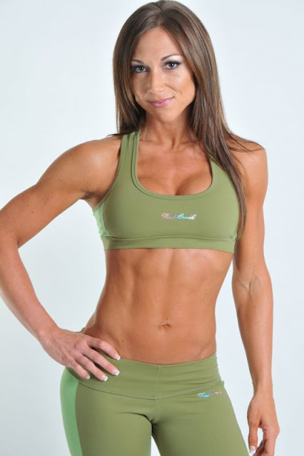Melissa Merritt - Female Fitness Model